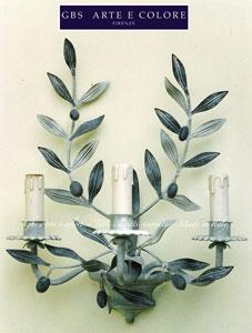 Applique con Olive in ferro battuto