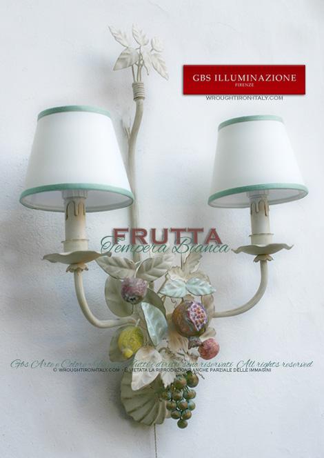 Applique Frutta a due luci, in ferro battuto colore bianco, tempera anticata. Limoni, Uva, Mandarini, Mele e Melagrana.