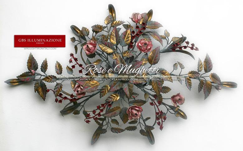 Plafoniera Rose e Mughetti in tempera e oro. Di forma allungata e ovale con 4 punti luci nascosti