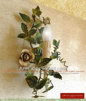 Rose e boccioli di rosa, foglie cuore, edera, foglie fragola. Smalto avorio patinato, applique in ferro battuto ad una luce di GBS. Made in Italy