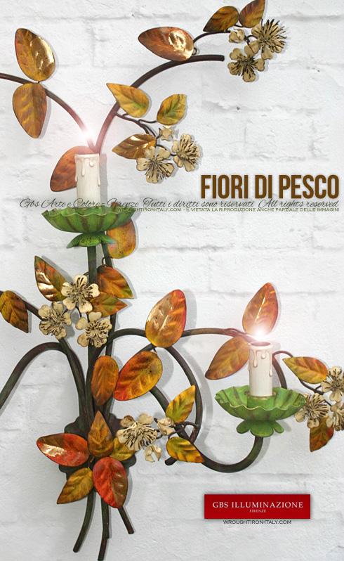 Dettaglio dei fiori con pistilli. Della stessa collezione con fiori di Pesco sono disoponibili anche tutti gli altri articoli di illuminazione come Lanterne, Lampadari, Lampioni, Plafoniere. Su misura. GBS FIRENZE