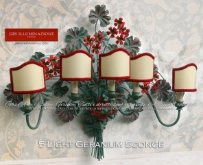 Large Sconce with Geraniums