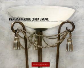 Piantana Braciere Corda e Nappe. Lampada da Terra GBS, con finitura in Argento invecchiato. Ferro battuto. Made in Italy.