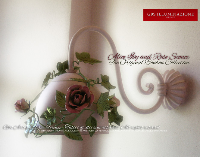 1-light Sconce. Alice with Ivy, Roses and Rosebuds. For the bedroom and the bathroom