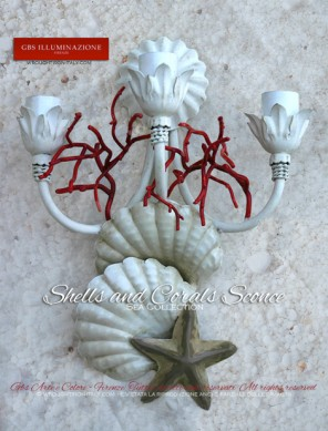 3-light Sconce with starfish, seashells and red coral branches. White patina Sconce, Sea collection, sand-coloured starfish, large ivory white seashells.