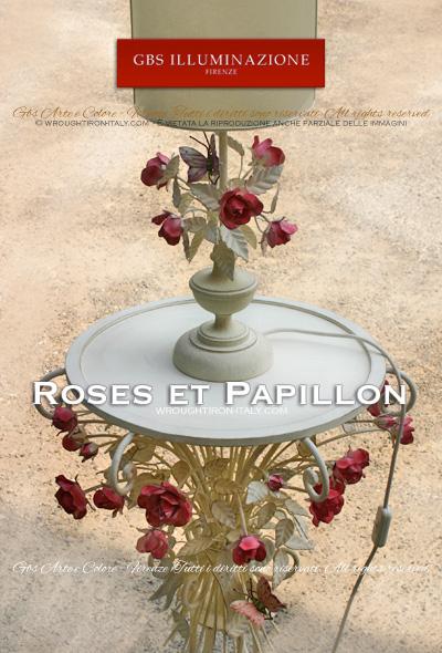 Lampe de chevet, abat Jour papillon et rose. Bases tournées, tempera blanc. Abat-jour artisanal en parchemin. Fer forgé décoré à la main.