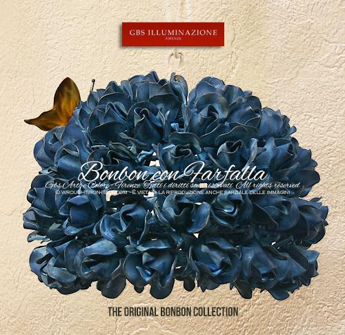 Lampada a sospensione, rose in tempera, farfalla. Design di Gianni Cresci per GBS. Ad una luce, per comodino, camera da letto, cameretta, sala da bagno.