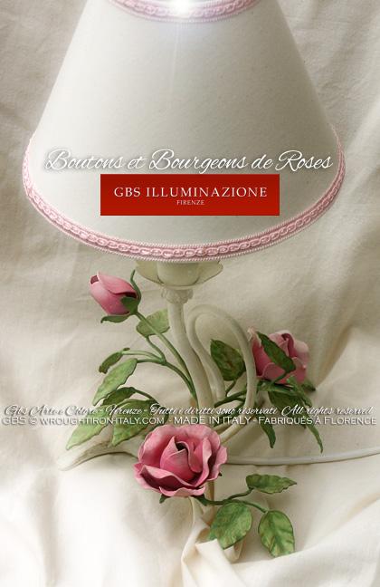 Lampe de chevet boutons et bourgeons de roses shabby for Table de chevet style romantique