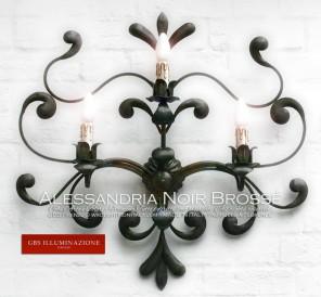 Applique en fer forgé, couleur noire, niches forgées, à trois lumières