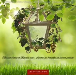 Lanterne en fer forgé avec Raisin et Vrilles. Grappes de Raisin Blanc et Noir, structure de la lanterne de couleur blanche