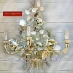 Weiße Hängeleuchte mit Rosenblüten Shabby Chic Romantik