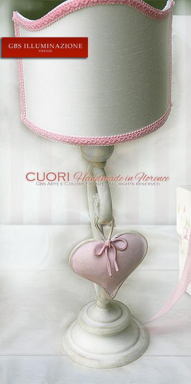 Lampada da comodino in tempera ad una luce cuore e nastro rosa gbs illuminazione ferro - Lampada per camera da letto ...