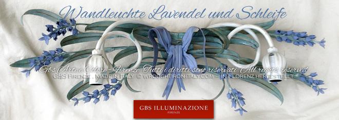 Wandleuchte mit Lavendel, Band und Schleifen. Antik-Tempera, elfenbeinweißer Wandleuchter mit grünen Blättern. Country-Kollektion von GBS.