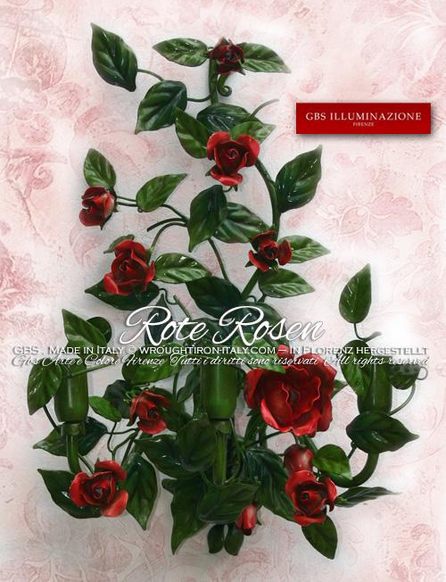 Schmiedeeiserner Wandleuchter, von Hand bemalt, mit drei Leuchten, mit roten Rosen
