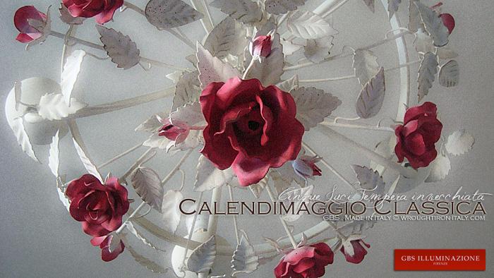 Lo Shabby di GBS - Lampadario Calendimaggio Classica di Rose. Tempera Bianca