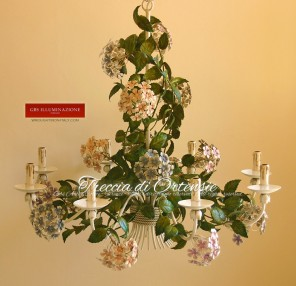Ortensia. Lampadario in ferro battuto a 8 Luci. Collezione Country Chic di GBS. Made in Florence