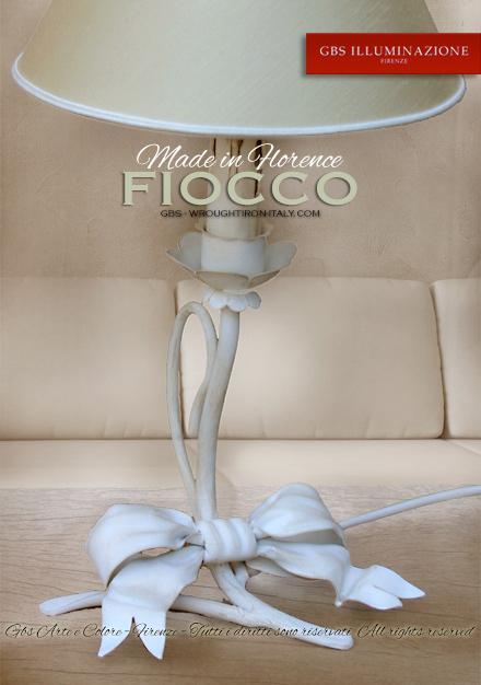 Fiocco bedside. Lampada da comodino Fiocco