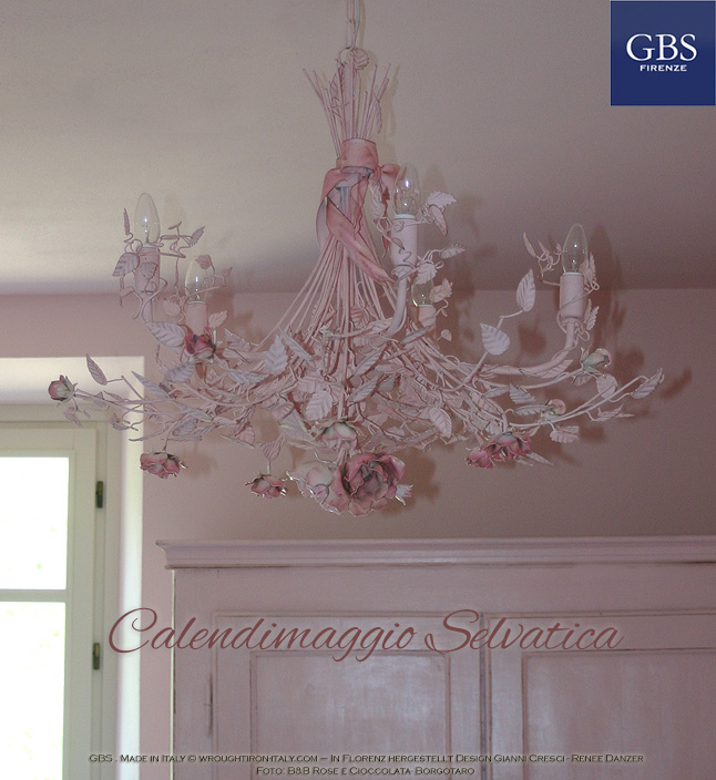 Chandelier with roses, bow and ribbon. Calendimaggio Selvatica. Design Gianni Cresci. Handmade in Florence