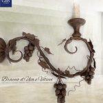 Braccio Uva. Applique in ferro battuto. Cuna, taverna, rustico. Per la cucina in stile Country-Chic