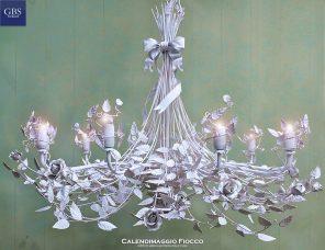 Lampadario Calendimaggio Fiocco. Versione a10 Luci in tempera. Colore Bianco.