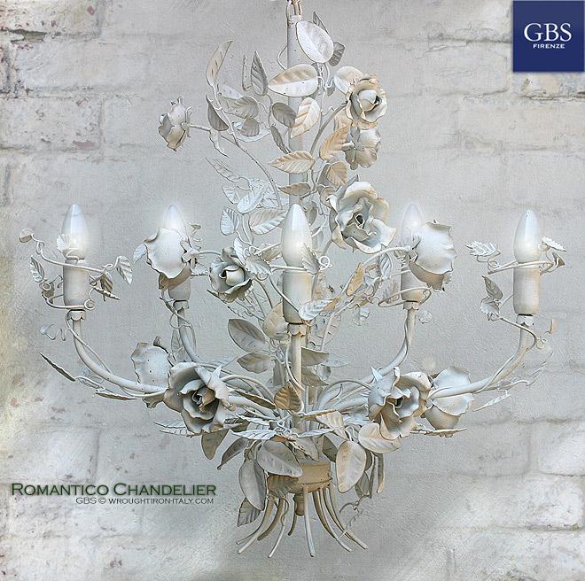 Romantico Chandelier. Lámpara de techo Araña 5 brazos. Blanco.