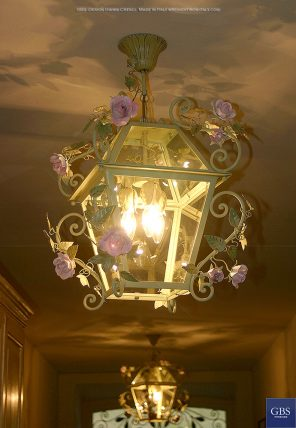 Blooming Roses Lantern. Romantica Lantern. Enamel finishing. Hand-painted wrought iron. Design: Gianni Cresci